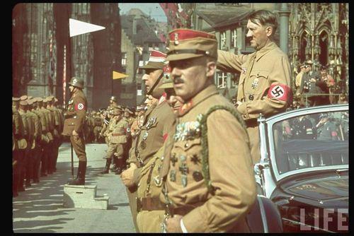 Hitler11