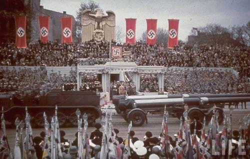 Hitler39