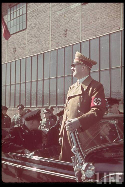 Hitler48