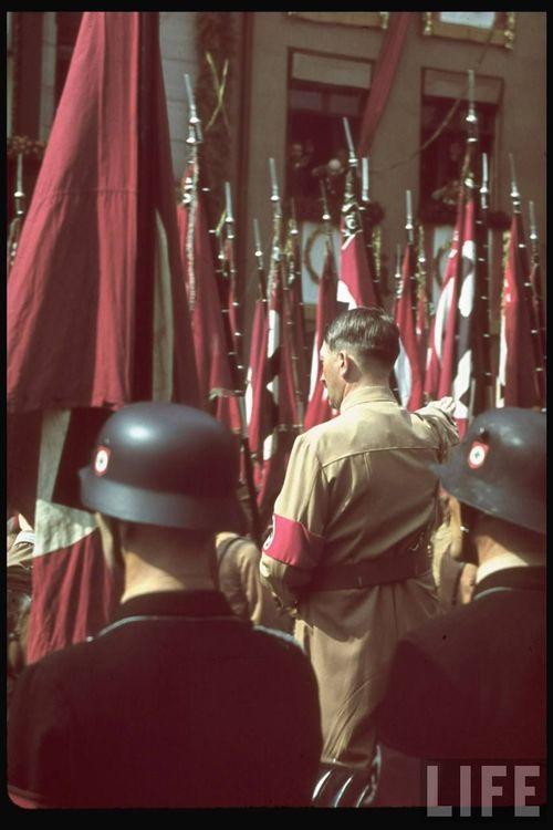 Hitler64