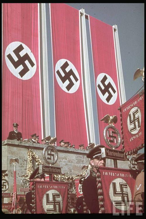 Hitler10