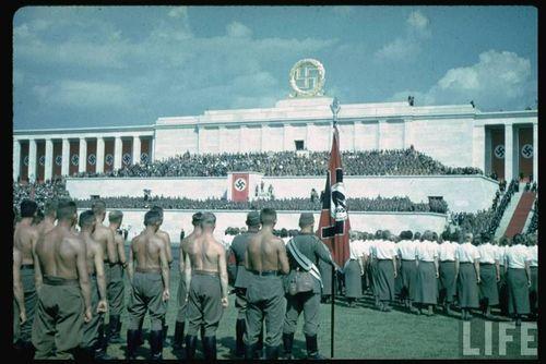 Hitler15