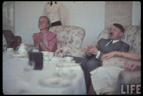 Hitler54