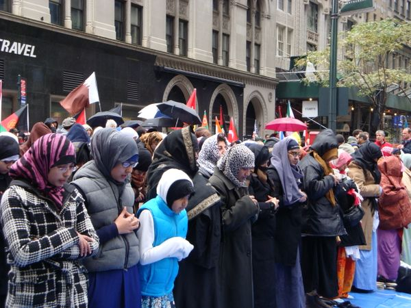 Muslim parade09  046