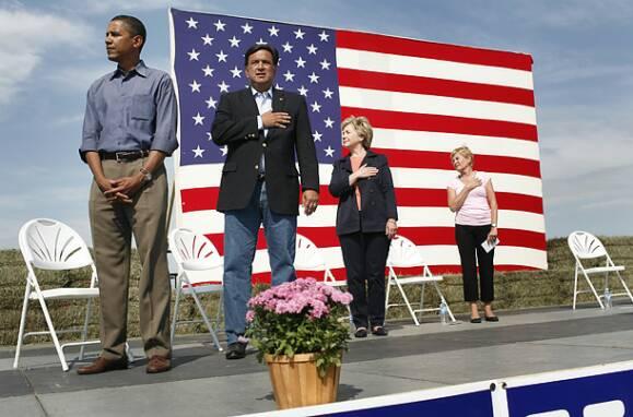 ObamaCrotchSaluteLarge
