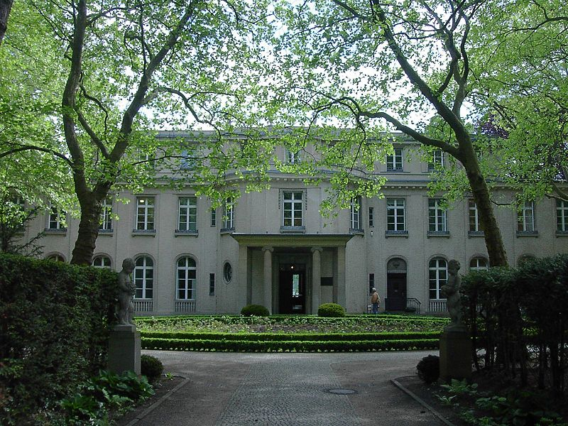 Wannsee_Conference_Villa_picture_4589