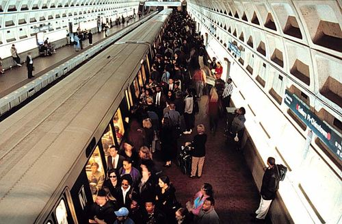 Metro-gallery-place-boardingtrain-from-metro-site