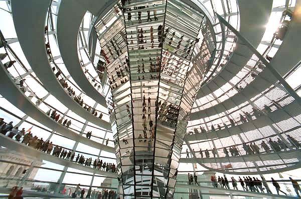 Reichstag-Berlin-600x400