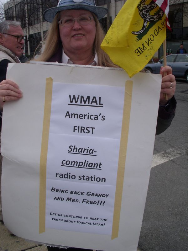 WMAL Fred Grandy protest 014
