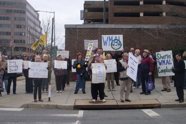 WMAL Fred Grandy protest 015