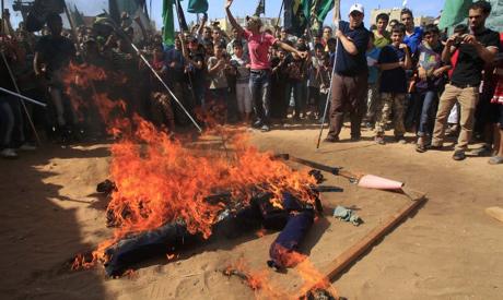 burning Obama2