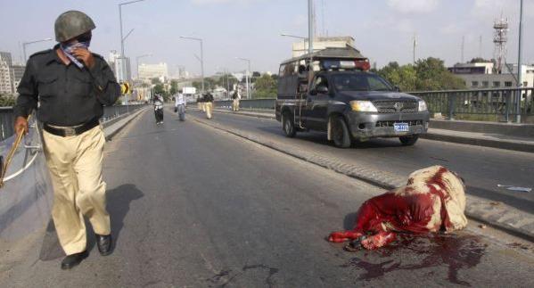 Pakistan Minister offers $100,000 reward for death of US filmmaker _ BreakingNews.ie_1348334438274
