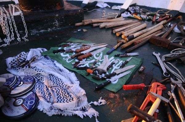 Weapons-Found-on-Marmara